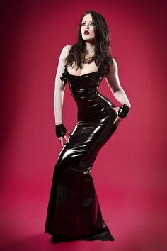 #hot #vestido #latex http://www.emporiumsex.com.br/listaProdutos.asp?Texto=latex&IDLoja=22158&Y=1666350665022&Digitada=True&ok=OK
