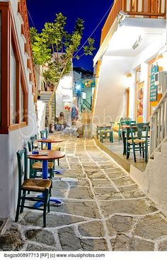 Alley @ Paros island , Greece !!! Naoussa Paros, Paros Greece, Paros Island, In The Beginning God, Greece Islands, Paving Stones, Places To Go, Tourism, Travel Photography