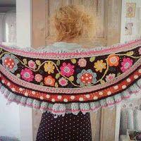Tina's handicraft : shawl garden flowers