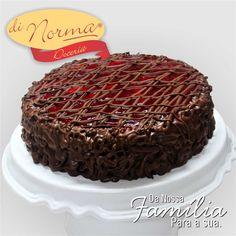 LANÇAMENTO DI NORMA: Bolo Sensação: Bolo de chocolate, recheado de creme de morangos,compota de morango e creme de chocolate.  #love #DiNorma #cake #curta #siga e #compartilhe