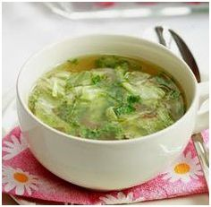 Why eat out at a Chinese restaurant when you can try these easy step by step Chinese food recipes at the comfort of your own home. Enjoy these tasty Chinese food recipes! Cabbage Soup Diet, Cabbage Soup Recipes, Chinese Cabbage Soup Recipe, Cabbage Ideas, Asian Recipes, Healthy Recipes, Chinese Recipes, Ethnic Recipes, Asian Foods
