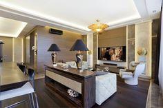 Cet appartement art déco est l'incarnation de l'extravagance et du luxe que la capitale russe de l'art et la culture connaît si bien.
