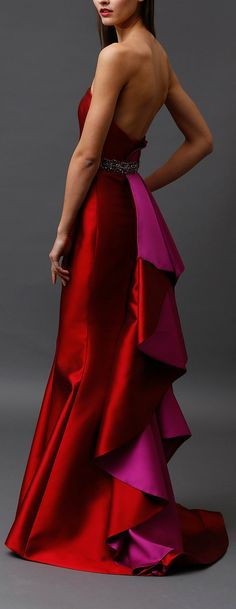 Badgley Mischka Pre-Fall 2015  Designer duo Mark Badgley and James Mischka found inspiration for their new pre-fall collection in the colours of Cartagena, Colombia.