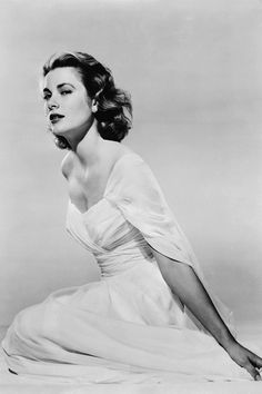 1953 - Grace Kelly before she became Princess Grace in 1956 after marrying Prince Rainier of Monaco.