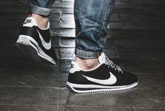 sports shoes cef61 e0924 Basket Nike Cortez Ultra noire pas cher (2)