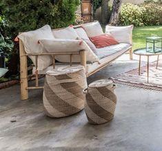 5 idées à piquer à cette terrasse couverte très déco - Côté Maison Outdoor Sofa, Outdoor Furniture, Outdoor Decor, Home Decor, Courtyards, Terraces, Decoration Home, Room Decor, Home Interior Design