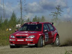 Citroen Saxo S1600 rally car
