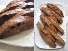 cantucci cioccolato e mirtilli. ricetta facile per biscotti dolci e buonissimi perfetti con un buon calice di passito...