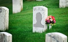 A new social network has an interesting premise: connecting people around the world based on what they want to do before they die. Called My Last Wish, the app encourages users . Charles Ii Of England, New Social Network, People Around The World, Life Lessons, Fun Facts, Eco Friendly, Environment, Photos, Death