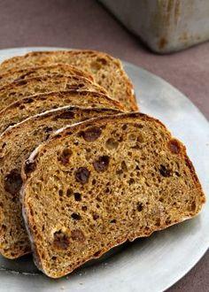 Eltefritt vørterbrød (no-knead beer bread (with root beer)) - recipe in Norwegian No Knead Bread, Allrecipes, Bread Recipes, Snacks, Baking, Mat, Beer Bread, Root Beer, Brioche