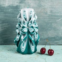 FREE SHIPPING, Turquoise candle, White top, Carved candles, Decorative candles, Gift baskets, Housewarming candles, hochzeitskerze, OOAK https://www.etsy.com/shop/EveArtCandles?ref=hdr_shop_menu #carved #candle #decorative #christmas #gift #idea #wedding #birthday #mothersday