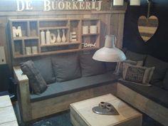 Prachtige meubelen van steigerhout!  Voor binnen en buiten.  Natuurlijk van de buorkerij te Tytsjerk.