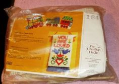 CREATIVE CIRCLE YOU ARE LOVED WALL HANGING KIT