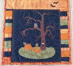 Halloween bordløber - ugle i træ og græskar