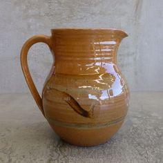 Dorothy Hope (1917 - 2013) Thrumster Village Pottery Port Macquarie NSW Australia. Australian Studio Pottery.