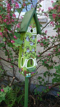 Birdhouse Designs, Bird Houses Painted, Diy Bird Feeder, Bird Cages, Little Houses, Garden Art, Diy For Kids, Diy Projects, Birds