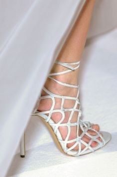 Zuhair Murad Haute Couture Весна-Лето 2013 (Backstage и детали) Wedding Sneakers, White Wedding Shoes, Wedding Shoes Heels, Bridal Shoes, Stilettos, High Heels, White Strappy Heels, Zuhair Murad, Unique Shoes