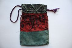 Saaremaa T Folk Costume, Costumes, Patchwork Bags, Knitting, Clothing, Fashion, Outfits, Moda, Dress Up Clothes