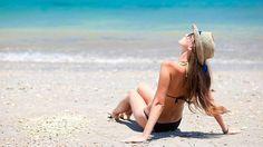 Videokuvaaja Thomas Leveritt pyysi ihmisiä katsomaan itseään ultraviolettivalossa, joka paljastaa auringon aiheuttamat ihovauriot, ennen kuin ne ovat tulleet näkyviin. Pienillä lapsilla vaurioita ei ole vielä juuri lainkaan, mutta muiden kasvoilla voi nähdä erilaisia ihovaurioita rypyistä pisamiin ja mustelmiin.  Katso video!