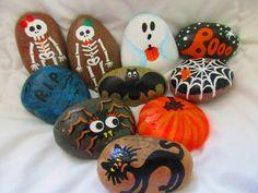 Halloween pintada rocas por PlaceForYou en Etsy