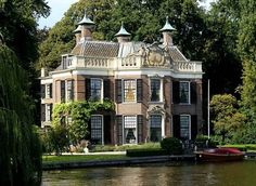Breukelen at the river Vecht