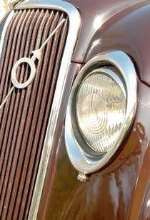 The Swede, Bike Details, Volvo Cars, Car Logos, Koenigsegg, Buick, Vintage Cars, Transportation, Classic Cars