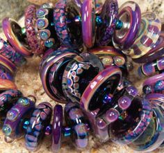 """Enchanted"" Lampwork Beads by Dawn Scannell of Art Insomnia love the shape and patterns"
