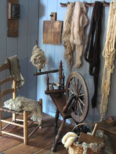 Shelvy McQueen's spinning corner featured in the Summer 2012 issue of A Simple Life!