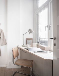 I love the way this window sill has been extended into a small workspace by replacing the sill with a custom cut wood board where you can sit with a chair and get some work done. It's amazing how such … Continue reading → Home Office Space, Home Office Decor, Home Decor, Office Ideas, Minimalist Interior, Minimalist Home, Minimalist Bedroom, Workspace Inspiration, Room Inspiration