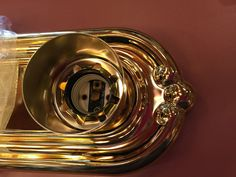 Vanity Lighting Sea Gull #4307-02 Polished Brass (8) 100-Watt (G-25) Bulbs NIB #SeaGullLighting #HollywoodLights