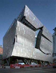 Cooper Union – New York, USA architecture. Designed by Thom Mayne of Morphosis Architecture with associate architect Gruzen Samton.