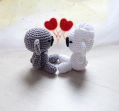 Crochet koala couple. Wedding gift. Koala groom and bride. Wedding table decoration. Koala amigurumi. Valentine's Day gift. by MistyBu on Etsy https://www.etsy.com/listing/398524803/crochet-koala-couple-wedding-gift-koala