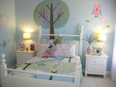 Owl room - love it! Cute for a little girls room