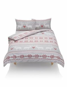 Reindeer & Geometric Print Bedset - gorgeous for the Christmas holidays!