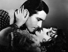 "- Bebe Daniels y John Boles en ""Rio Rita"", 1929 Hollywood Actor, Golden Age Of Hollywood, Hollywood Celebrities, Hollywood Actresses, Classic Hollywood, Old Hollywood, Child Actresses, Actors & Actresses, 1920s"