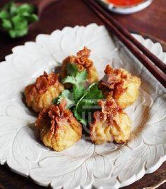 Ching He Huang Chinese Cooking | Recipe | Crispy Pork And Prawn Wontons | ChingHeHuang.com
