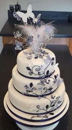 Fancy Cake-love the butterflies!