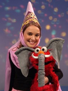 Natalie Portman & Elmo