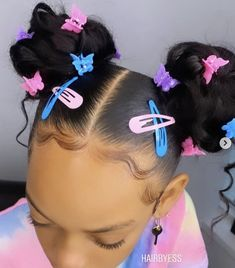 tt's all in the details🦋😍⁣ ⁣ Love this curly bun style on @demi_larissa_ by @hairbyess 💕 Lil Girl Hairstyles, Clip Hairstyles, Cute Hairstyles For Kids, Kids Braided Hairstyles, Little Girl Braids, Black Girl Braids, Braids For Black Hair, Girls Braids, Short Hair For Kids