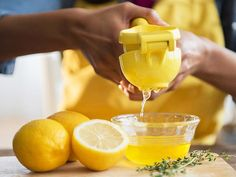7 Healthy Reasons to Start Squeezing Lemons - http://www.amazingdietsolutions.com/7-healthy-reasons-to-start-squeezing-lemons/