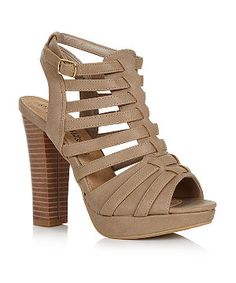 Polish off your look with this seasons must have shoe - the gladiator sandal! This chunky block heel design ticks all the right boxes for the hottest trends. Perfect for taking your spring/summer looks from desk to dance floor! Gladiator Sandals, Gladiators, Strappy Block Heels, New Look Fashion, Shoe Gallery, Designer Heels, Your Shoes, Shoe Game, Summer Looks