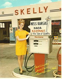 1 Vintage 5x7 Skelly Gas Station Service Pumps Miss Kansas Color White Borders | eBay