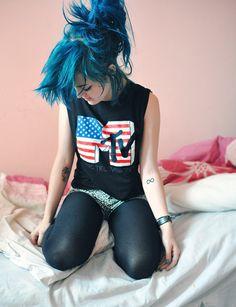 MTV Blue hair