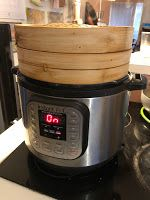 Pressure cooker meals 296322850478866887 - Tracy Cooks in Austin: MY steamed Pork Buns, another use for my pressure cooker, as a steamer! bamboo baskets fit perfectly and tonight, it's leftover bbq pork steamed buns Source by sjkoellner Steam Buns Recipe, Bun Recipe, Chinese Bbq Pork, Asian Pork, Instant Pot Pressure Cooker, Pressure Cooker Recipes, Bamboo Steamer Recipes, Steamed Bao Buns, Instant Pot Steam