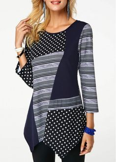 I like this style of hem and this patchwork of various material patterns and directions in a variety of shades in one or two colors. Blouse Pattern Free, Women's Fashion Leggings, Dress Sewing Patterns, Fashion Sewing, Dress With Boots, Sewing Clothes, Well Dressed, Designer Dresses, Knitwear