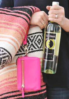 Enjoy the outdoors! Our chilled Pinot Grigio is the perfect accessory to a Spring picnic. #EccoDomani #Spring
