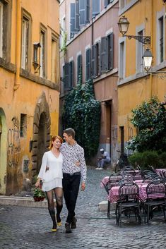 Elopement Wedding Photos in Rome. A Beautiful and Scenic Walk around the Most Typical Roman streets and alleyway while taking memorable Couple Pictures Walking Poses, Couples Walking, Walk Together, Couple Stuff, Romantic Pictures, Body Reference, Elope Wedding, Rome Italy, Couple Posing