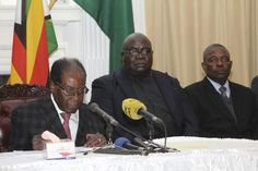 Harare - Zimbabwe's President Robert Mugabe has called his cabinet for a meeting on Tuesday at his State House offices, the chief secretary to the president and cabinet said in a notice, the same day ruling party members plan to impeach him. Old Head, House Arrest, Educational News, Newspaper Headlines, Head Of State, Shake Hands, Zimbabwe, Weekend Is Over
