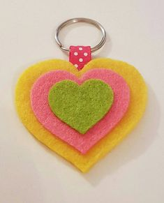 Felt Crafts Kids, Foam Crafts, Fabric Crafts, Diy And Crafts, Arts And Crafts, Paper Crafts, My Busy Books, Felt Keychain, Felt Bookmark