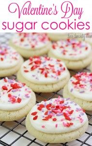 Share these soft and yummy sugar cookies with your Valentine this year! {TwoTwentyOne}